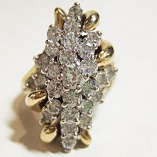 Diamond Cluster Ring Ladies aprox 2Caret 14t Yellow Gold