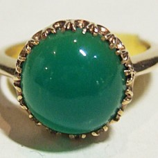 Jadeite Ring 10kt Yellow Gold