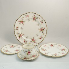 Royal Albert Tenderness 5 Piece Place Setting