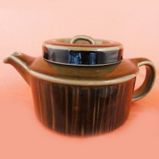 Arabia Finland Kosmos Tea Pot with insert 4.5 inches tall